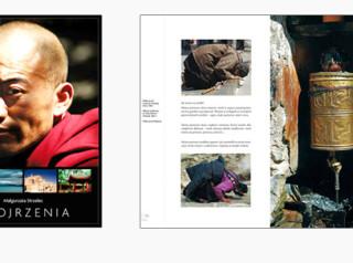 album Spojrzenia z fotografiami Małgorzaty Strzelec